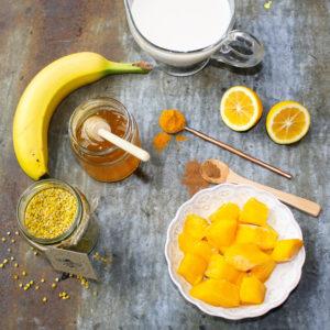 Tumeric smoothie ingredients Square
